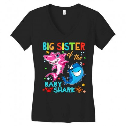 Big Sister Of The Baby Shark Women's V-neck T-shirt Designed By Kakashop