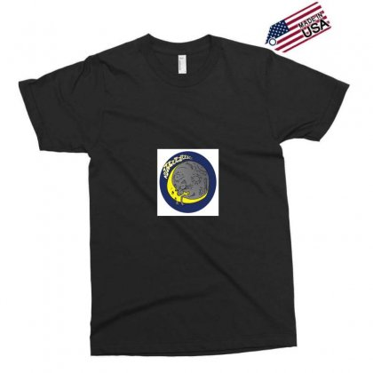Moon Kiss Moon Exclusive T-shirt Designed By Samantha