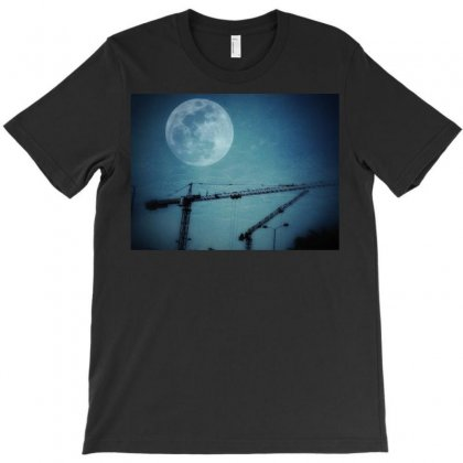 Capture The Moon T-shirt Designed By Shekoz