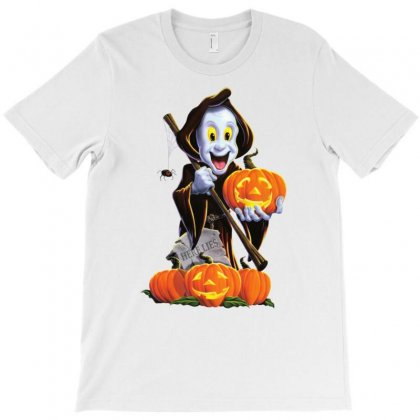 Halloween Witch Pumpkin And Spider T-shirt Designed By Amber Petty