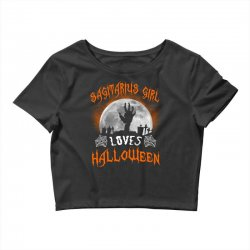 this sagittarius girl loves halloween Crop Top | Artistshot