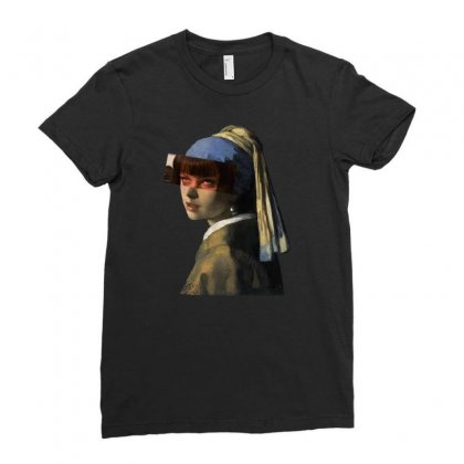 Mia With Pearl Earrings Ladies Fitted T-shirt Designed By Zeynepu