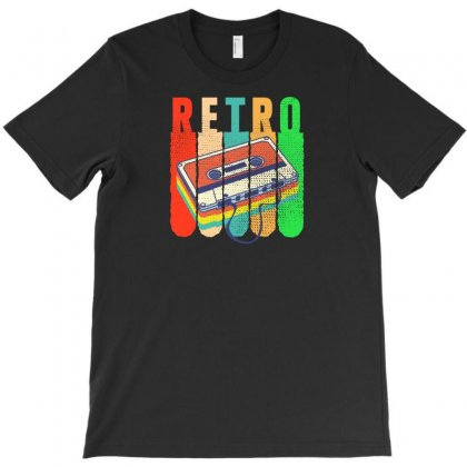 Retro T-shirt Designed By Neset