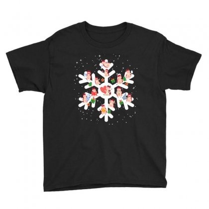 Cows Farm Animals In Christmas Snowflakes Christmas Gift Youth Tee Designed By Hoainv