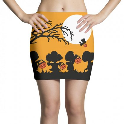 Halloween Moon Snoopy Hold Pumpkin With Woodstock Mini Skirts Designed By Pinkanzee