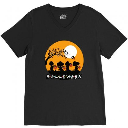Halloween Moon Snoopy Hold Pumpkin With Woodstock V-neck Tee Designed By Pinkanzee