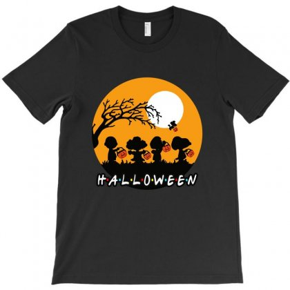 Halloween Moon Snoopy Hold Pumpkin With Woodstock T-shirt Designed By Pinkanzee