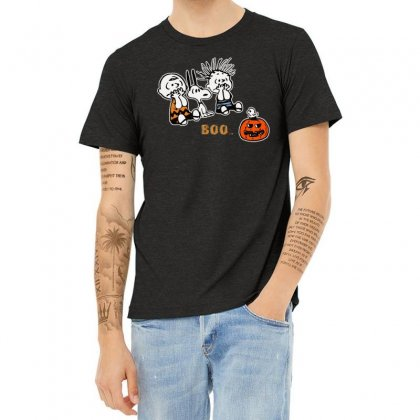 Halloween Kids Boo Snoopy Charlie Brown And Linus Van Pelt Frightened Heather T-shirt Designed By Pinkanzee