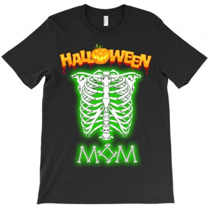 Halloween Family T Shirts. ( Mom ) T-shirt Designed By Sabriacar