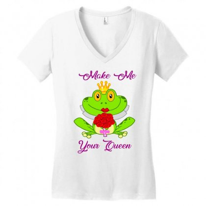 Frog Queen Women's V-neck T-shirt Designed By Planetshirts