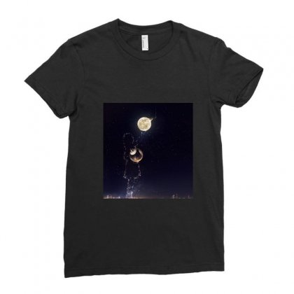 Dreamy Girl Ladies Fitted T-shirt Designed By Arial
