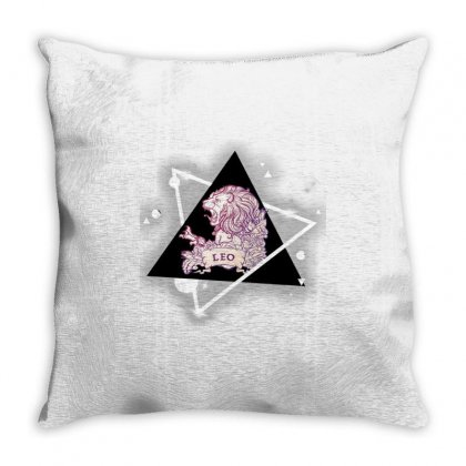 Lion/leo Designer T-shirt Throw Pillow Designed By Indominus Exterminator