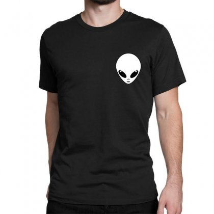 Alien Classic T-shirt Designed By Bluemary