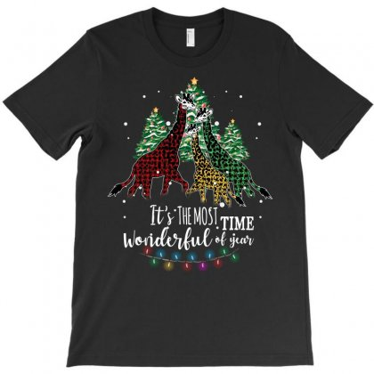 Giraffes Christmas It's The Most Wonderful Time Of The Year T-shirt Designed By Omer Acar