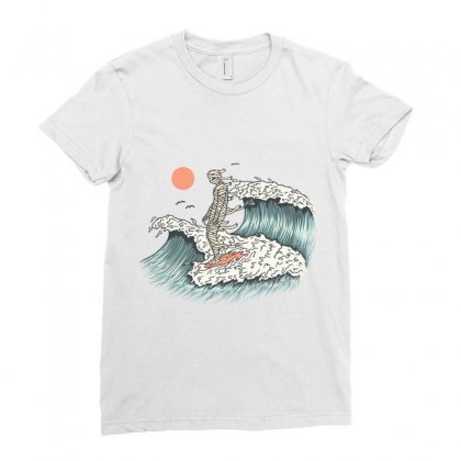 Mummy Surfing Ladies Fitted T-shirt Designed By Quilimo