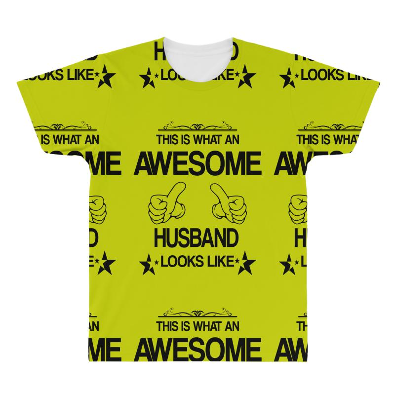 This Is What An Awesome Husband Looks Like All Over Men's T-shirt | Artistshot