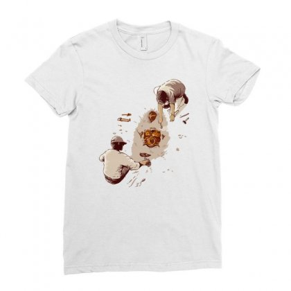 Discovery Ladies Fitted T-shirt Designed By Mash Art