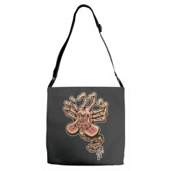 in space no one can hear you scream Adjustable Strap Totes | Artistshot