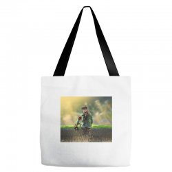 Wild photographer Tote Bags | Artistshot