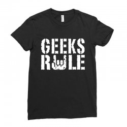 geeks rule Ladies Fitted T-Shirt | Artistshot