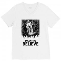 i want to believe tardis for light V-Neck Tee | Artistshot