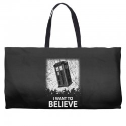 i want to believe tardis for dark Weekender Totes | Artistshot