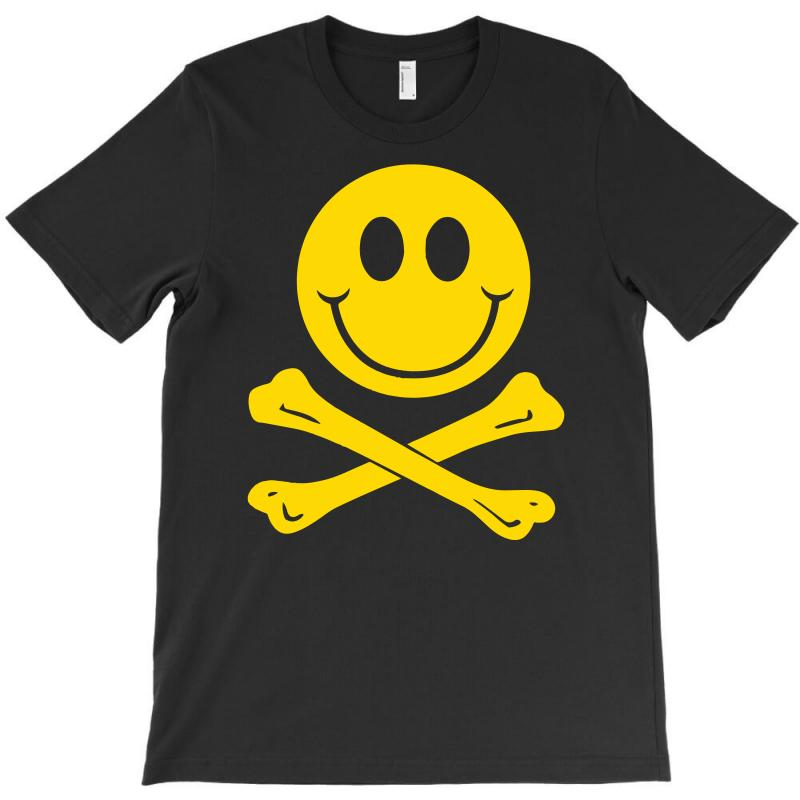 Smiley Pirate Skull and Crossbones T Shirt
