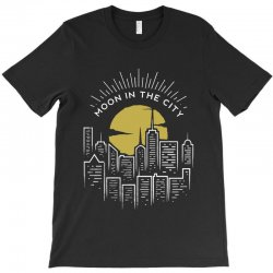 moon in the city T-Shirt | Artistshot
