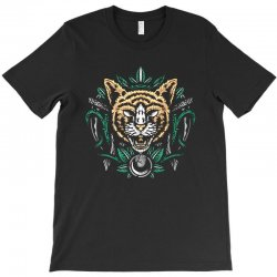 cats T-Shirt | Artistshot