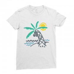 hello summer Ladies Fitted T-Shirt | Artistshot