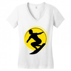 surfing girl Women's V-Neck T-Shirt | Artistshot