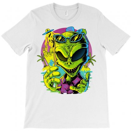 Alien Summer Vibes T-shirt Designed By Quilimo