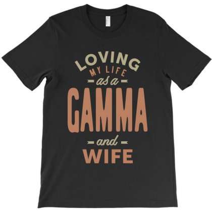 Gamma And Wife T-shirt Designed By Cidolopez
