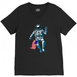 independence day astronaut usa flag t shirt V-Neck Tee | Artistshot