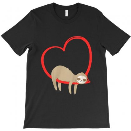 Bed Hearts T-shirt Designed By Milanacr