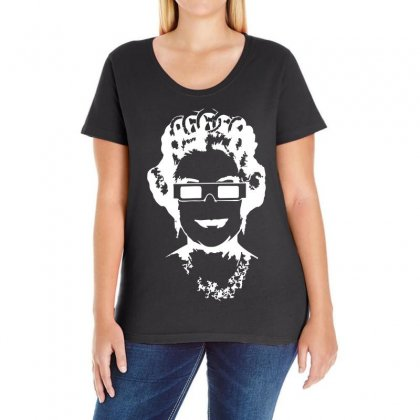 Queen Bee Elizabeth 3d Glasses Ladies Curvy T-shirt Designed By 4kum