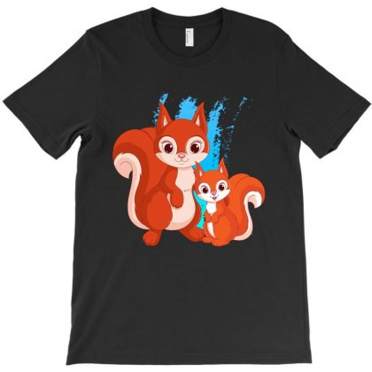 Mother And Little Squirrel T-shirt Designed By Milanacr