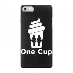 Two Girls One Cup iPhone 7 Case | Artistshot