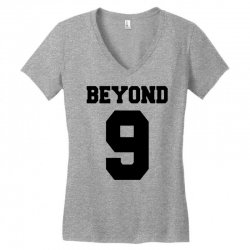 beyond 9 girls' generation   black Women's V-Neck T-Shirt | Artistshot