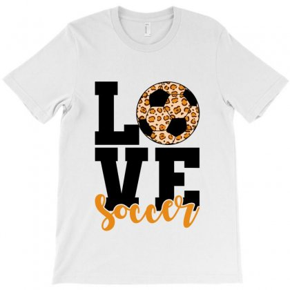 Love Soccer T-shirt Designed By Nurbetulk