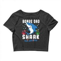 bonus dad shark family matching Crop Top | Artistshot