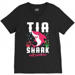 tia shark family matching V-Neck Tee | Artistshot