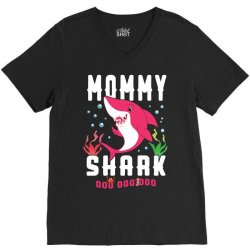 mommy shark family matching V-Neck Tee | Artistshot