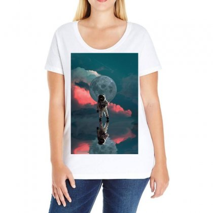Astronaut Moon Space Nasa Planet Ladies Curvy T-shirt Designed By Salmanaz