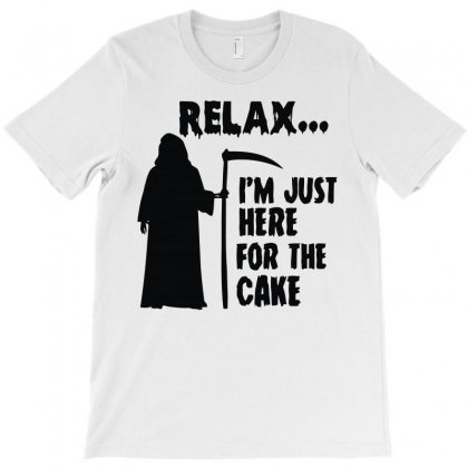 I'm Just Here For The Cake T-shirt Designed By Lyly