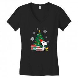 Christmas snoopy with woodstock Women's V-Neck T-Shirt | Artistshot
