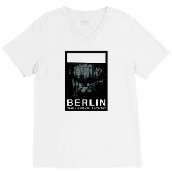 berlin   the land of techno V-Neck Tee | Artistshot