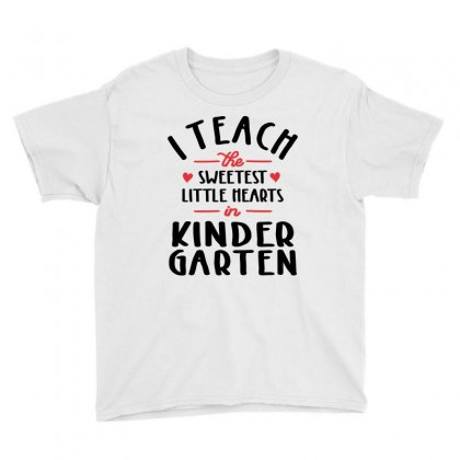 I Teach The Sweetest Little Hearts Valentines Day Teacher Youth Tee Designed By Cidolopez