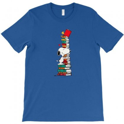 Snoopy Love Books T-shirt Designed By Rakuzan