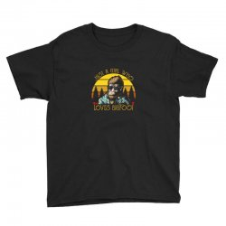 just a girl who loves bigfoot Youth Tee | Artistshot